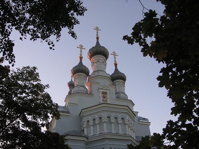 Владимирский собор, Кронштадт. Воссоздание куполов. Впервые в Санкт-Петербурге применено покрытие цинк-титан.